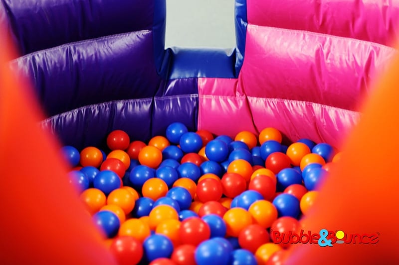 Curved Ball Pond & Slide